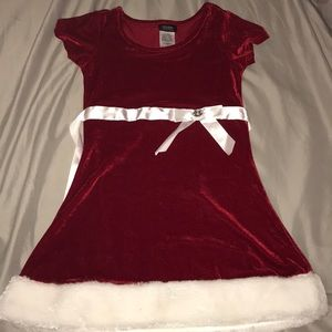 4/5 red & white velour dress with fur trim